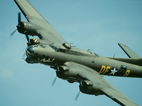 Warbird Alley: Boeing B-17 Flying Fortress